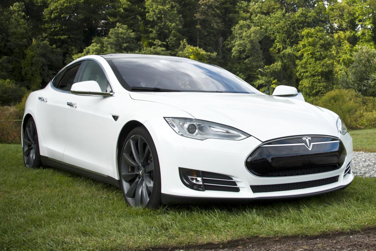 Překvapen 237 Tesla Model D Odkr 253 V 225 2 Motorov 253 Tesla Model S